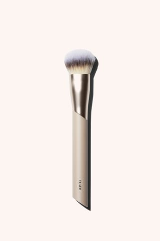 106 Buffing Foundation Brush
